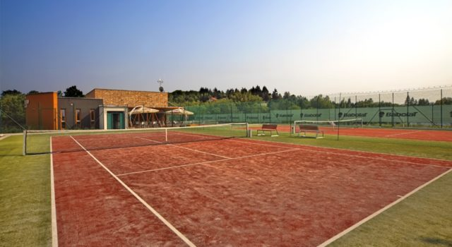 Tennis club IV